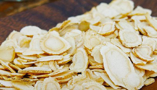 các loại saponin trong sam canada