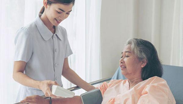 chăm sóc người cao huyết áp